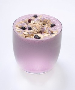 Healthy blueberry and oats smoothie
